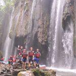 14 - foto bersama tim rafting
