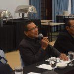 5 - Drs Sapir SSos MSi salah satu peserta workshop memberi pertanyaan terkait jaminan kualitas PPG